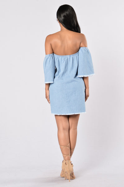 Weekend Getaway Dress - Medium Wash