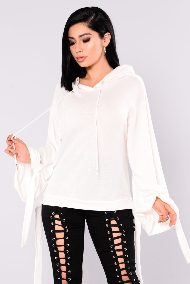 Destiny Pull On Sweater With Hoodie - White