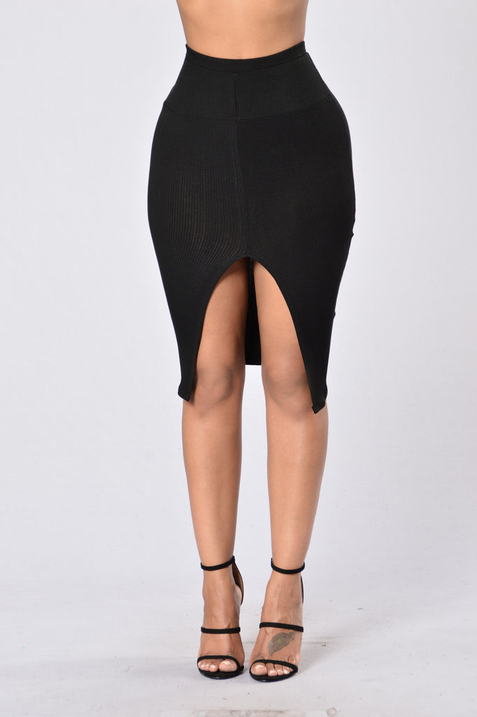 Law of Attraction Skirt - Black