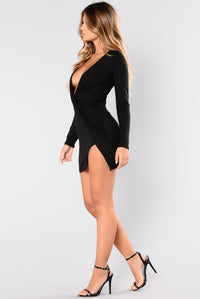 Sugar Frenzy Dress - Black Angle 4