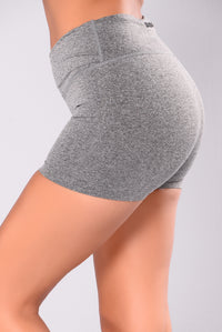 Shawn Seamless Active Shorts - Charcoal
