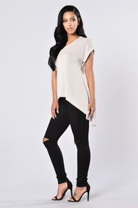 Make The Cut Tee - Taupe