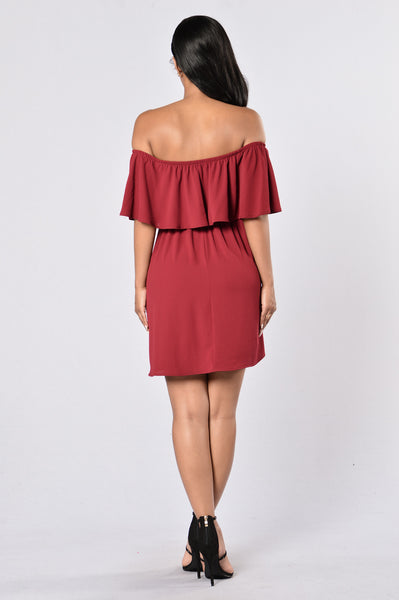 World On My Shoulders Dress - Burgundy