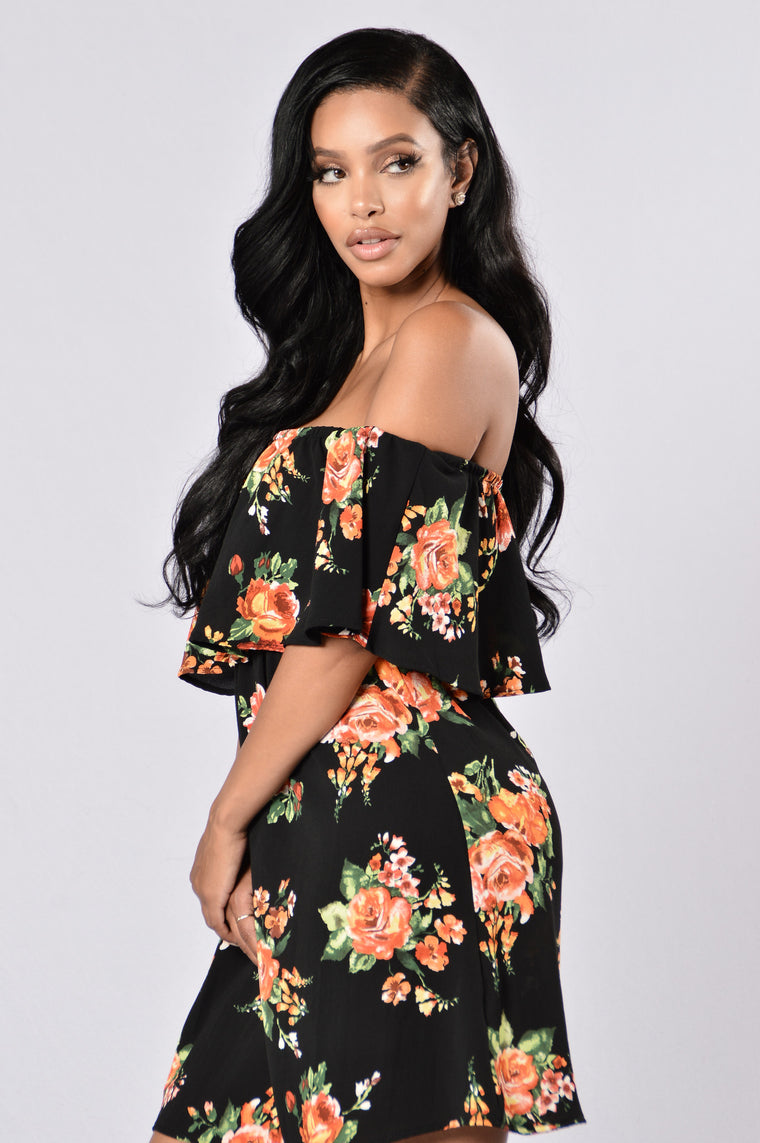 Give Love A Chance Dress - Black Floral