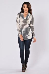 Cool And Cozy Sweater - Black/Ivory