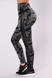 Holt Me High Waist Legging - Camo