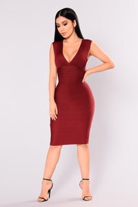 Suzanna Bandage Dress - Burgundy