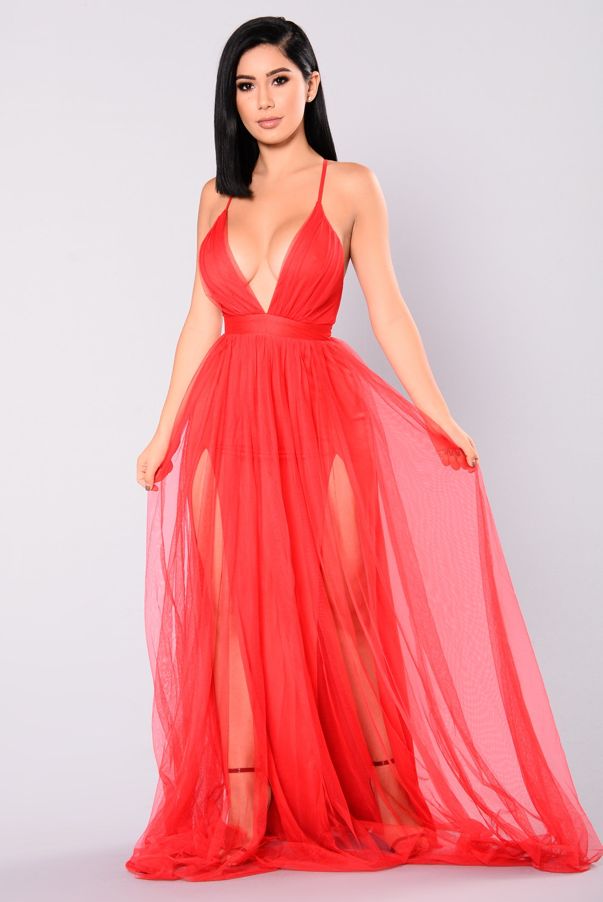 4b5bd947502e On The Runway Maxi Dress - Red