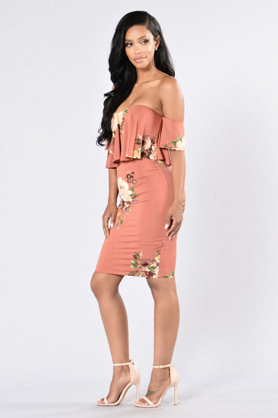 Smells Like Flowers Dress - Mauve