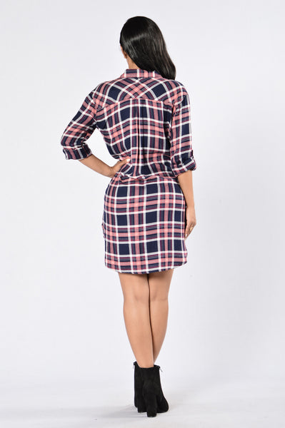 Cabin Weekend Dress - Navy/Pink