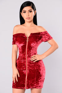 Kaylin Velvet Dress - Red