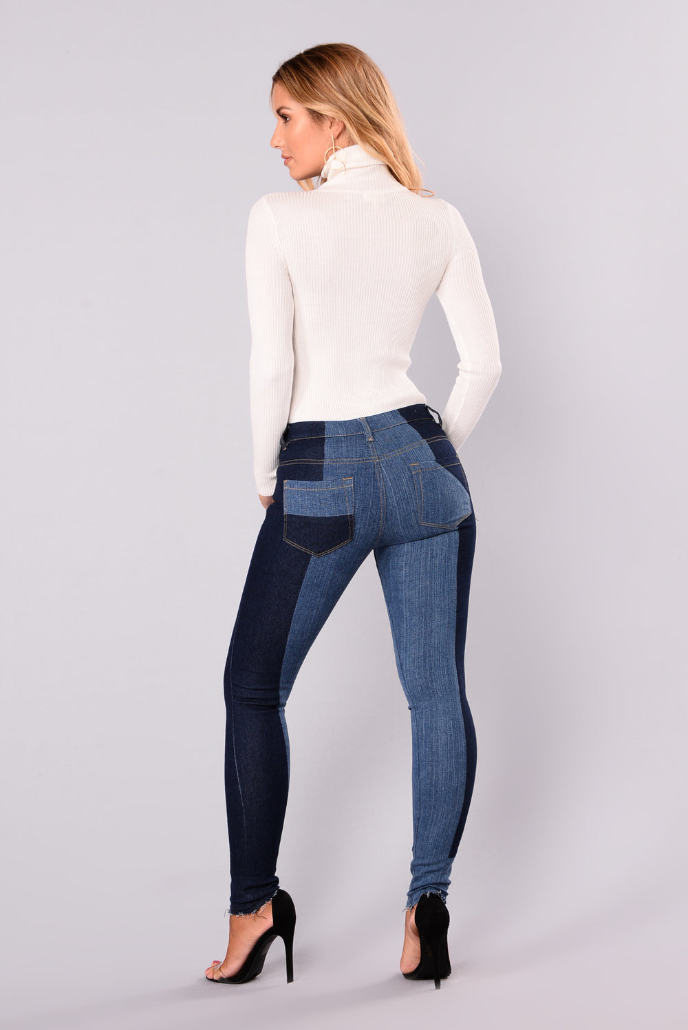 Made Ya Look Skinny Jeans - Medium Denim