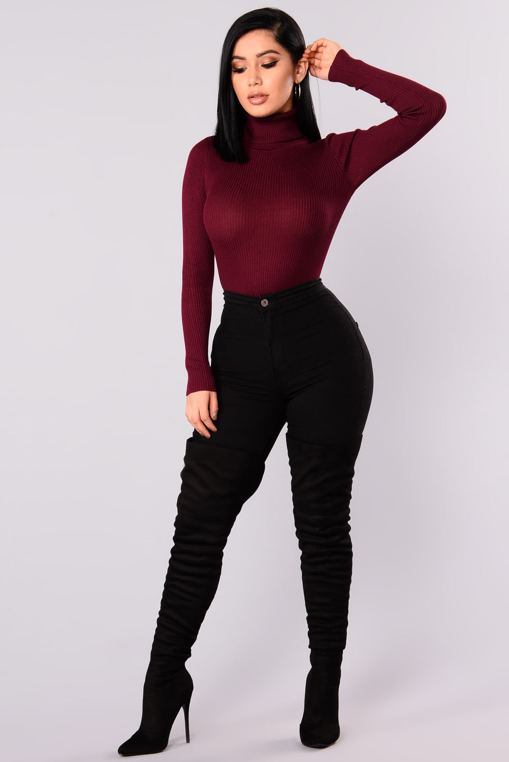 Tara Turtle Neck Sweater - Burgundy
