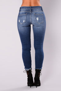 Dewey High Rise Jeans - Dark Wash