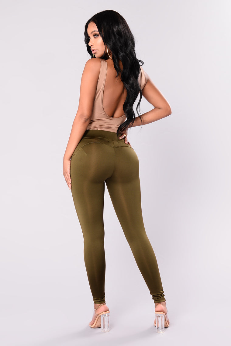 Bounce It Booty Shaping Active Leggings - Olive