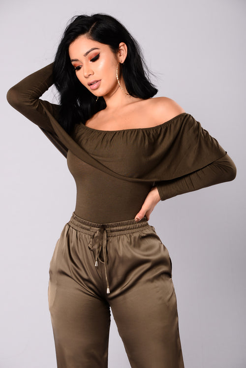 Casey Off The Shoulder Bodysuit - Dark Olive