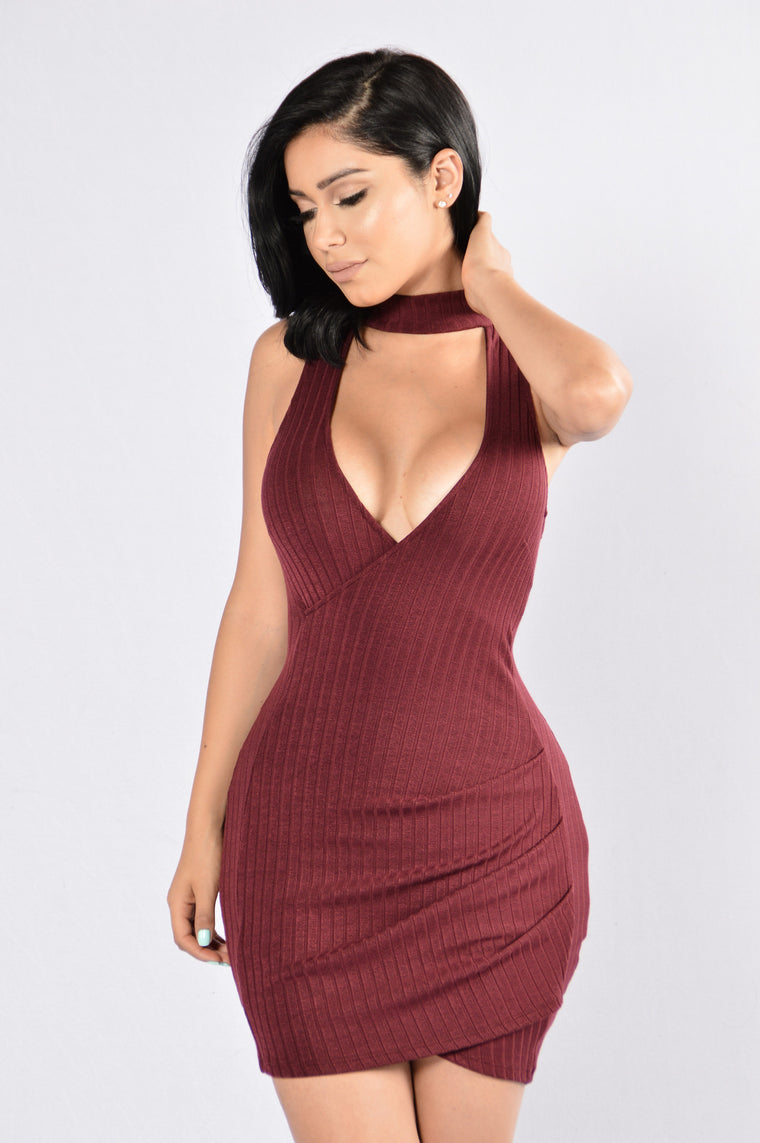 Star of the Night Dress - Burgundy