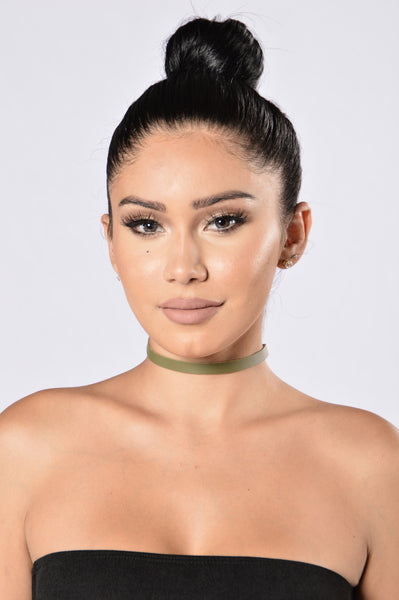 Outfit Of The Day Choker - Olive