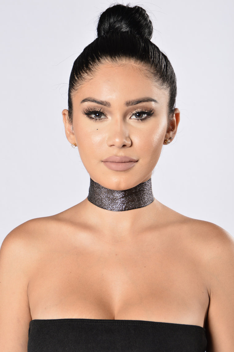 Just A Little Shine Choker - Black