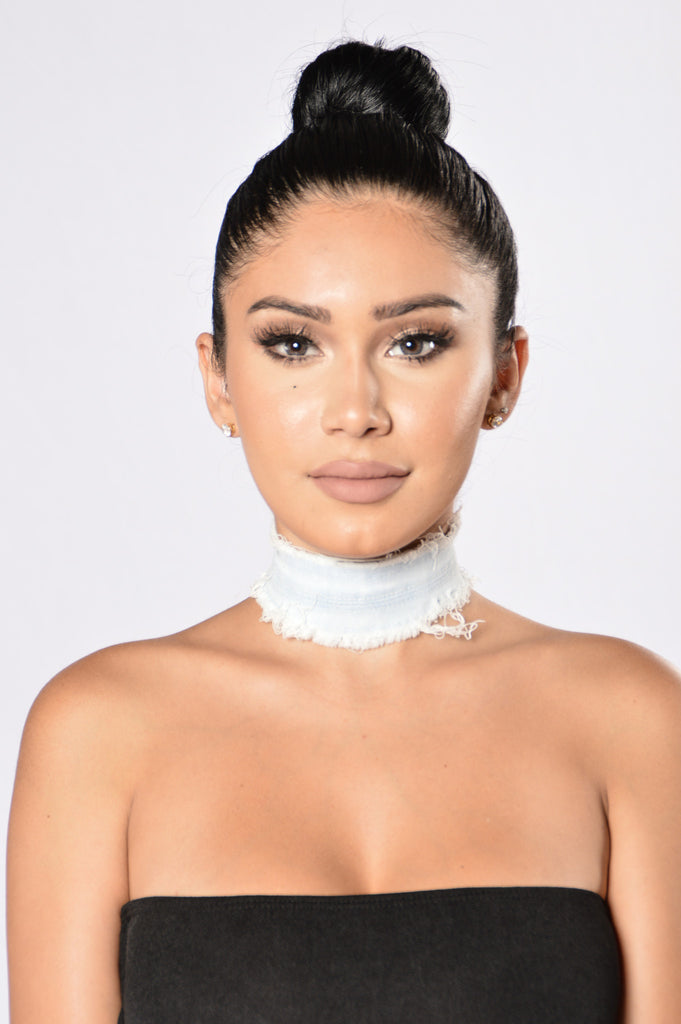 Mrs. West Choker - Light Denim