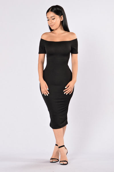 Put It Behind Dress - Black