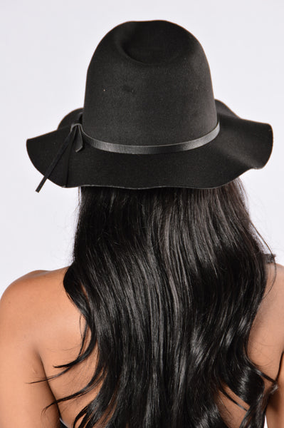 Sunday Brunch Hat - Black
