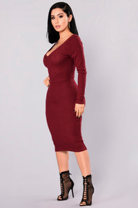 Stockholm Midi Dress - Wine