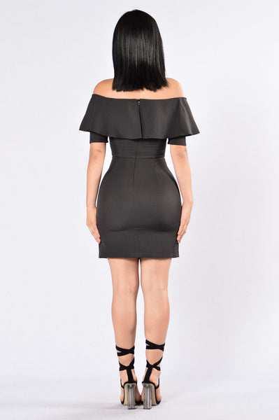 Reality Star Dress - Black