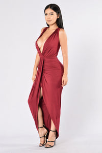 Mother Earth Dress - Burgundy