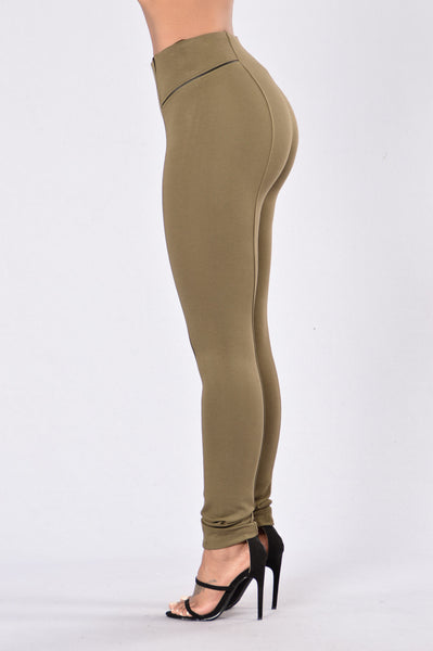 All The Time Legging - Olive