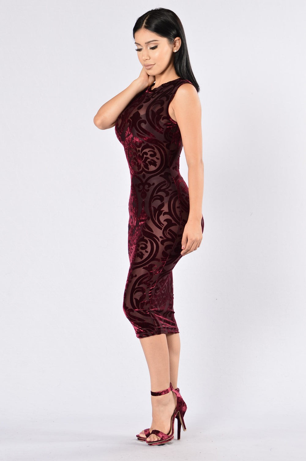 Feel You Close Dress - Burgundy