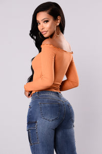 Kortney Off Shoulder Top - Rust