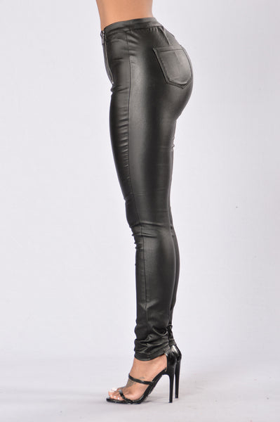 Unchained Pants - Black