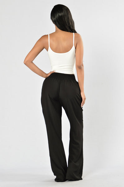 Holiday In The Sun Pants - Black