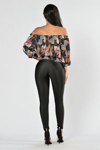 Foliage Top - Black/Pink