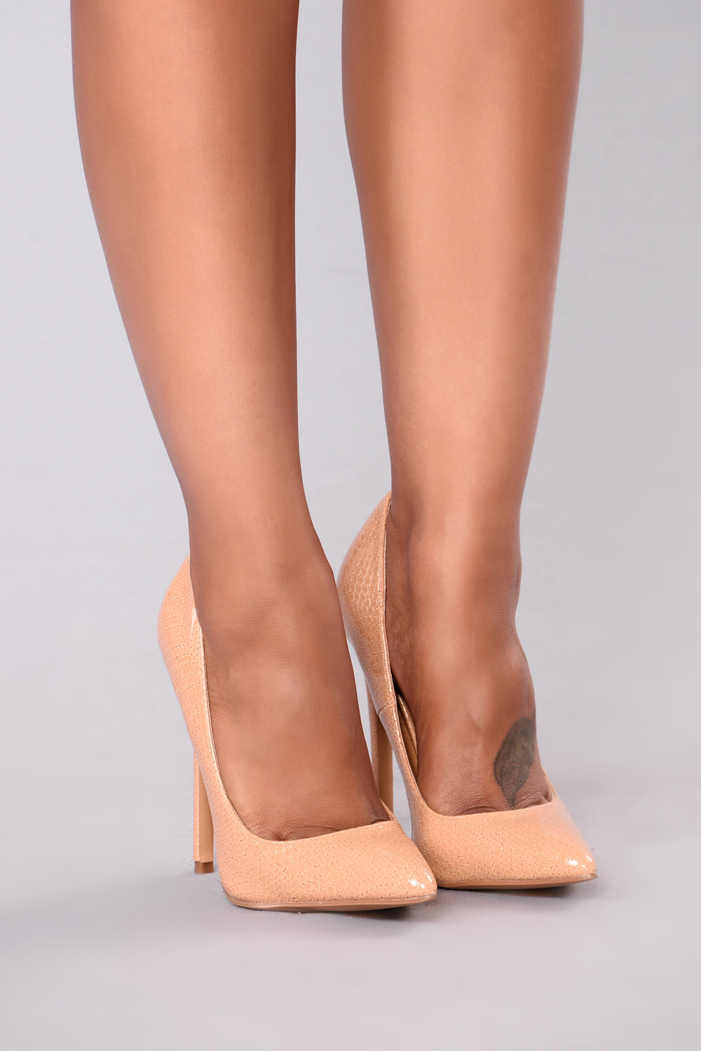 Patty Pointy Pump - Nude