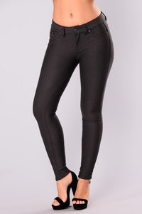 Rosemary Booty Lifting Pants - Charcoal
