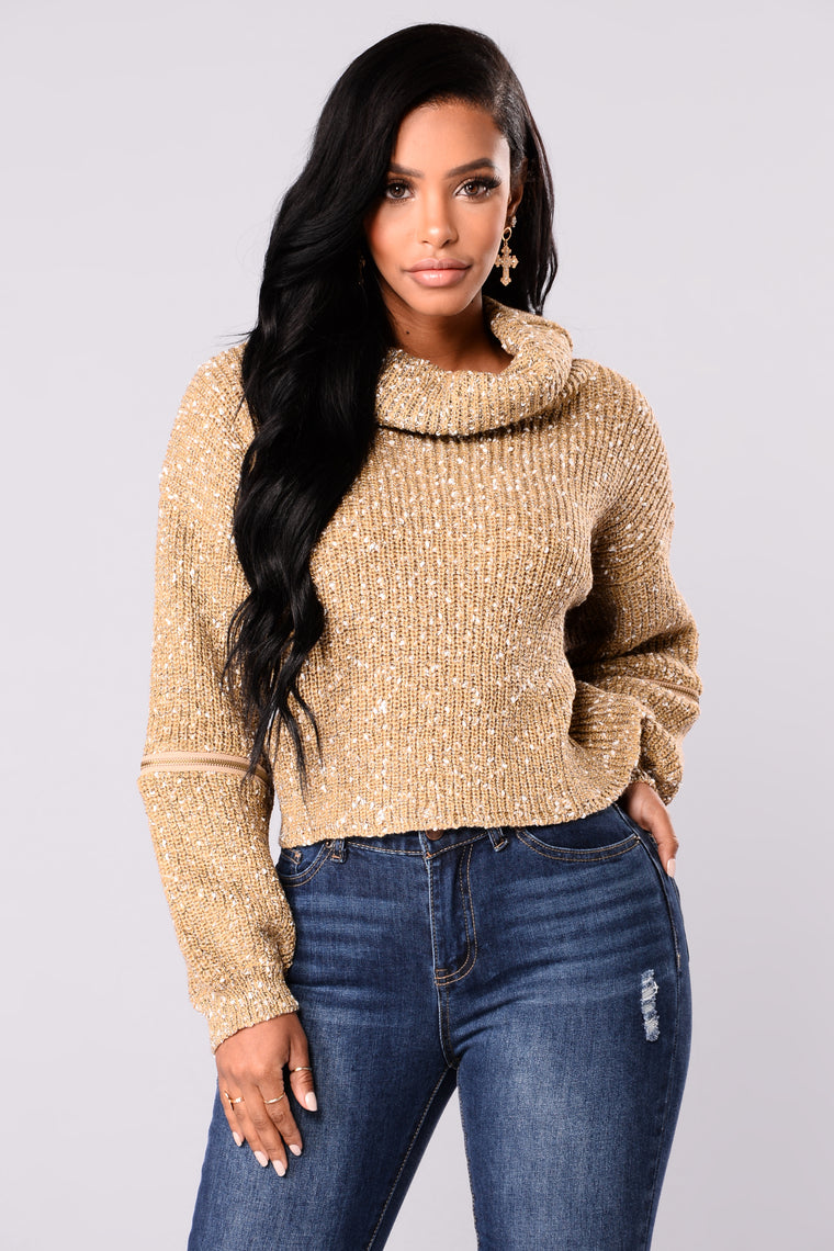 Cozy Turtleneck Sweater - Khaki