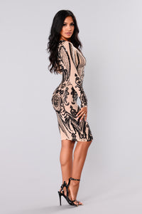 Miss Fortune Sequin Dress - Nude/Black