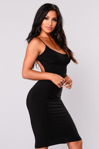 Rena Midi Dress - Black