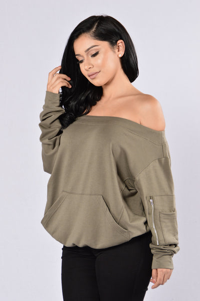 On Your Mark Top - Olive