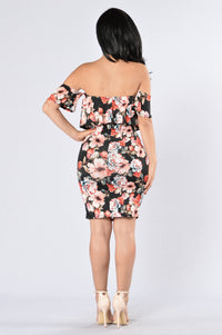 Buy Me Flowers Dress - Black