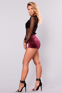 Khalani Zipper Short - Wine