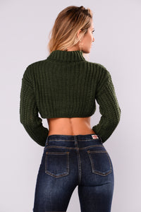 Zoey Turtleneck Crop Sweater - Hunter