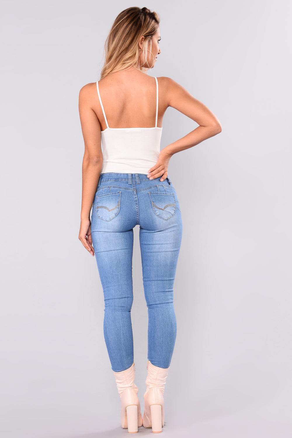 Like What Booty Lifting Jeans - Light Blue Wash