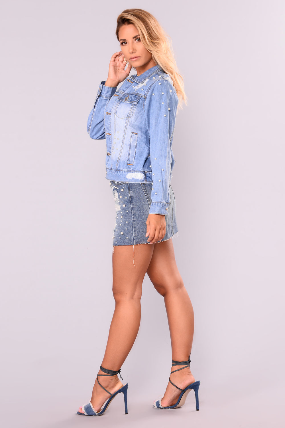 Girl In Pearls Denim Skirt - Medium
