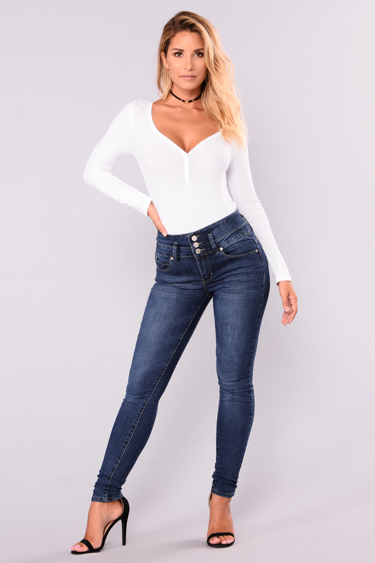 Wobble Wobble Booty Lifting Jeans - Dark Denim