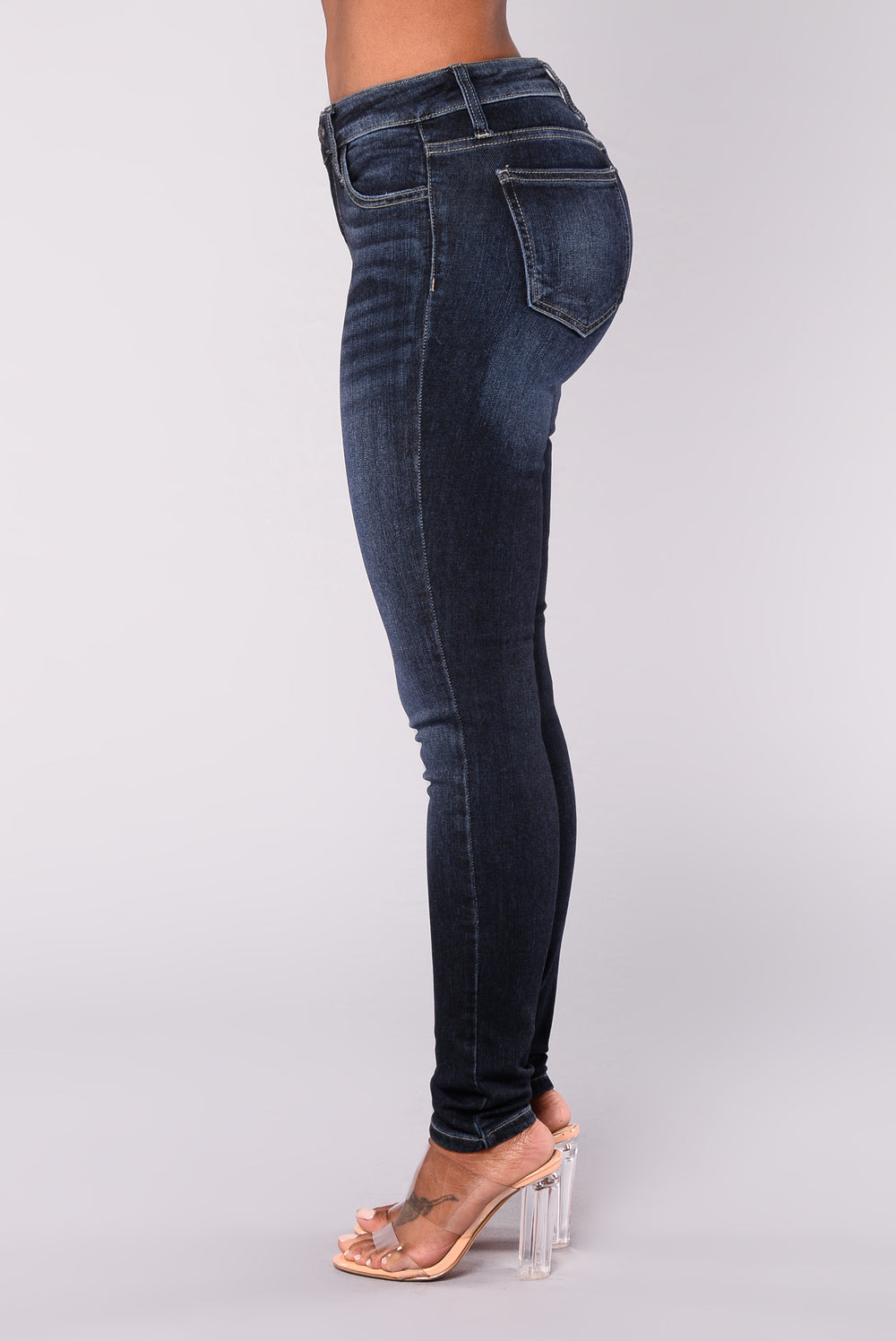 Eyes On Me Jeans - Dark Denim
