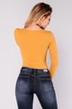 Hayley Henley Top - Mustard