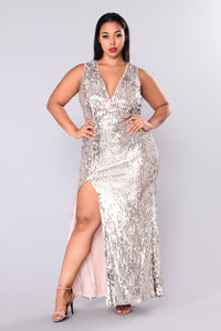 Red Carpet Ready Sequin Dress - Blush/Silver